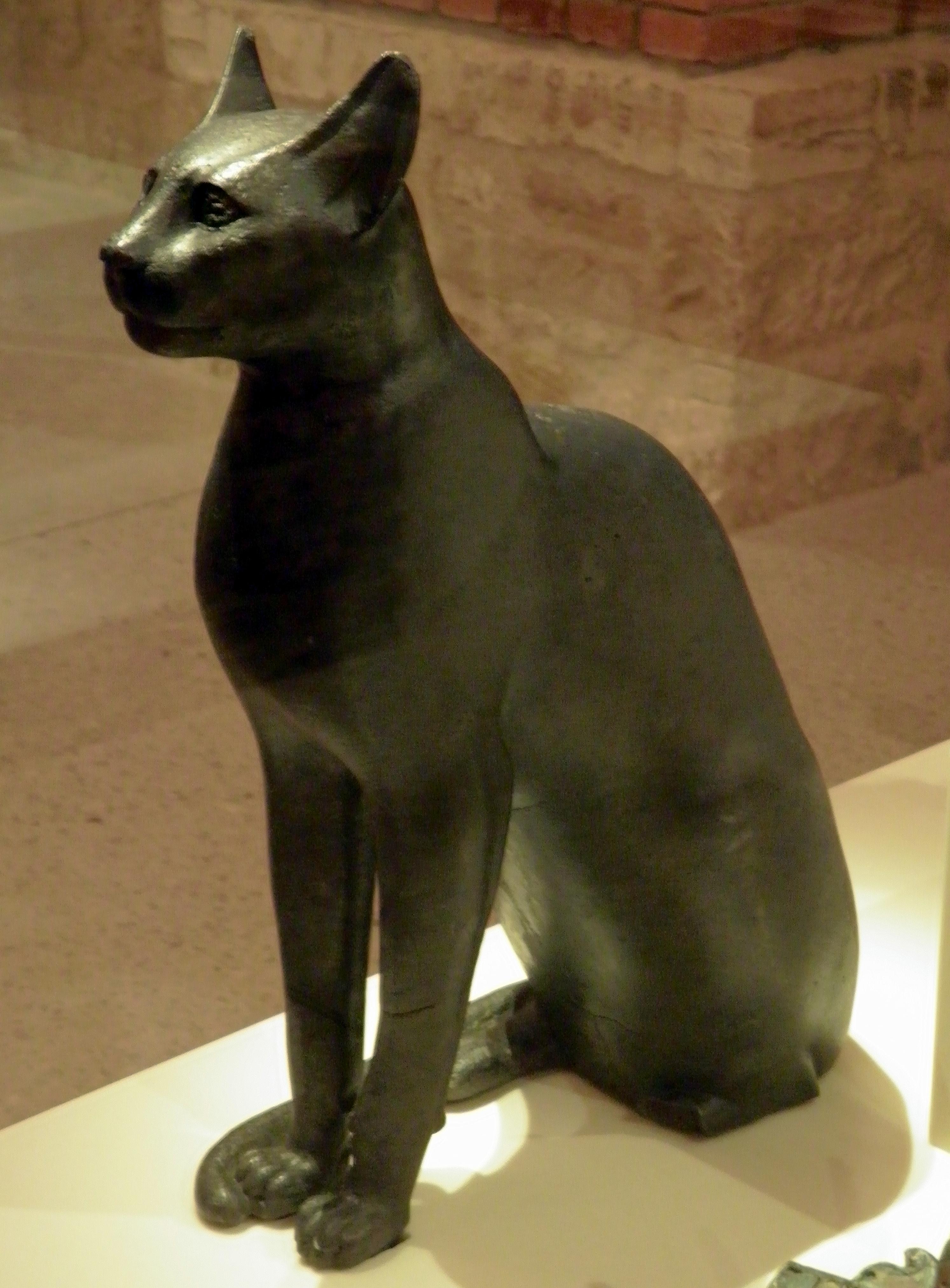 Cat  Louvre