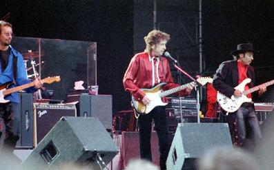 Dylan en concierto en el Lida Festival de Estocolmo, Suecia en 1996.