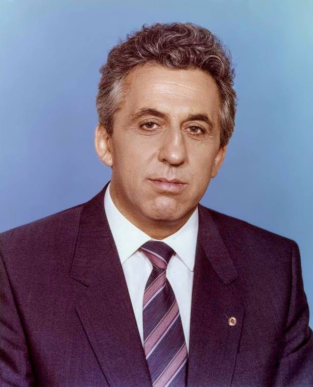 Egon Krenz - Wikipedia