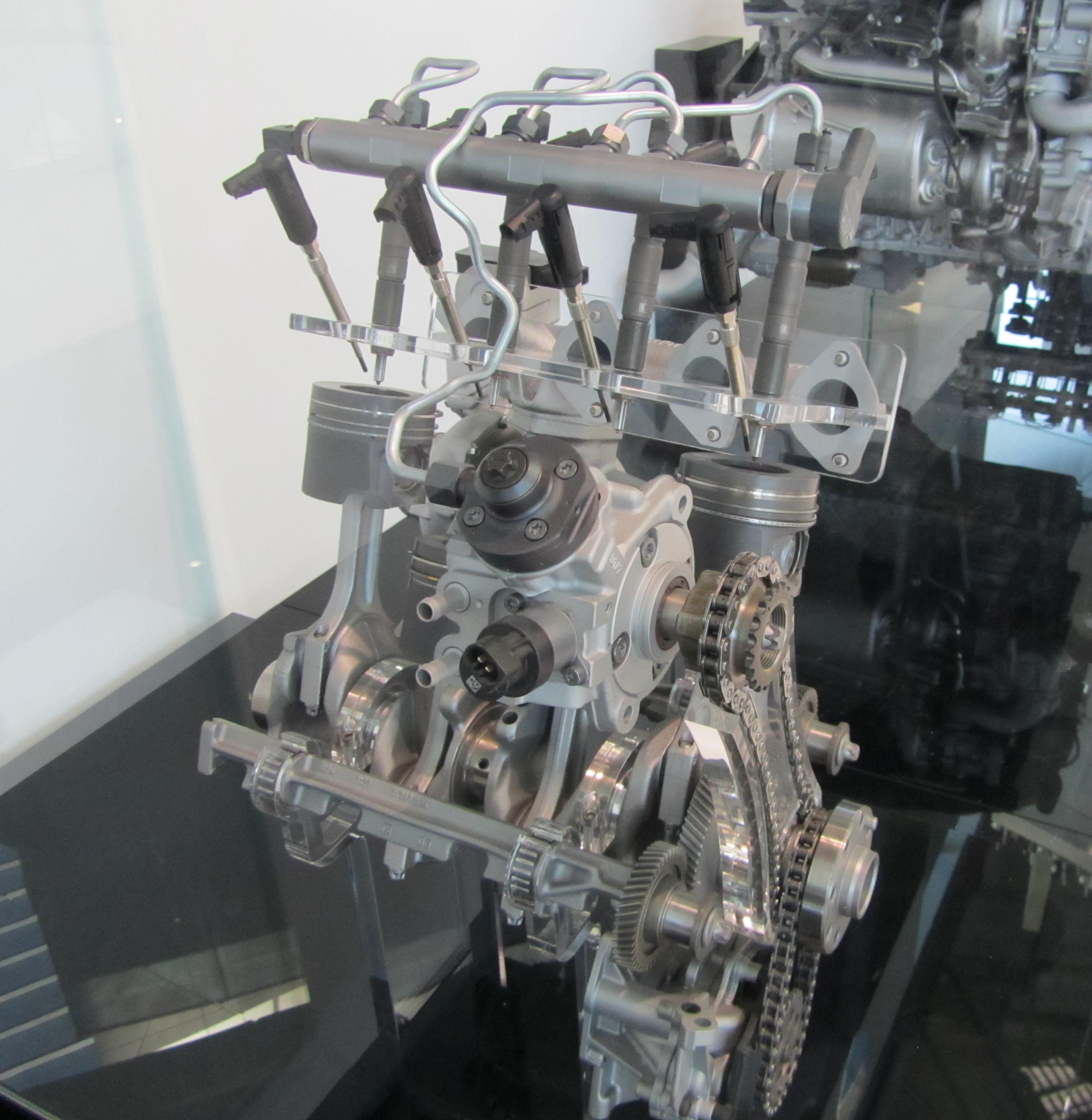 Datei CR BMW 2 0D –