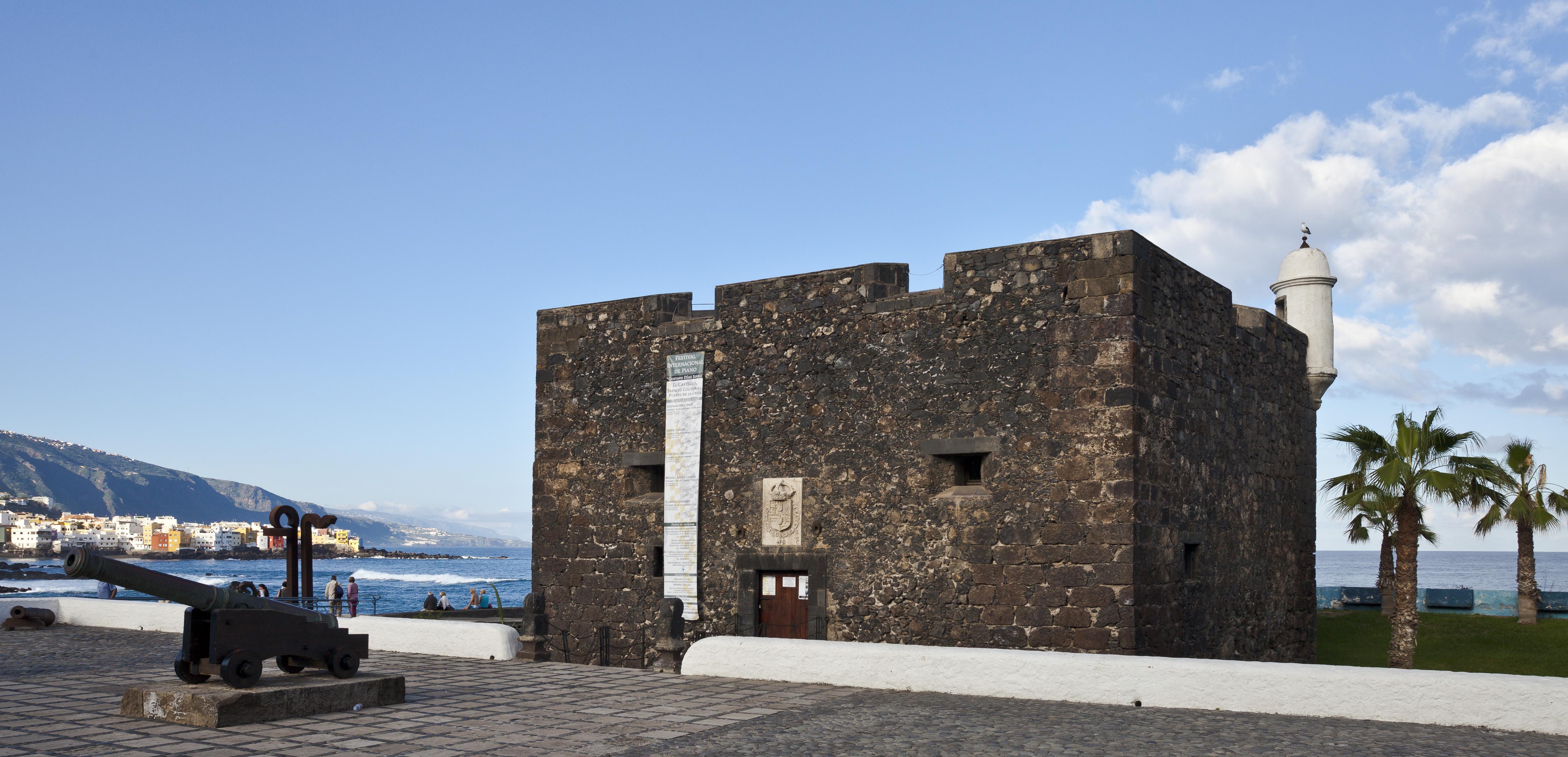File castillo san felipe puerto de la cruz tenerife espa a 2012 12 13 dd wikimedia - Hotel san felipe tenerife puerto de la cruz ...