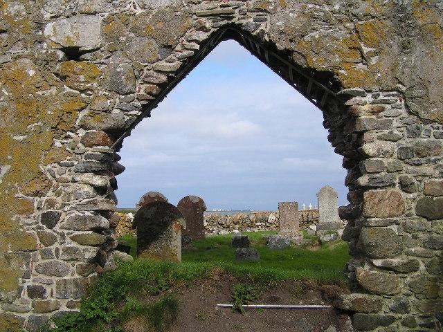 File:Chapel ruins, Tiree - geograph.org.uk - 7995.jpg