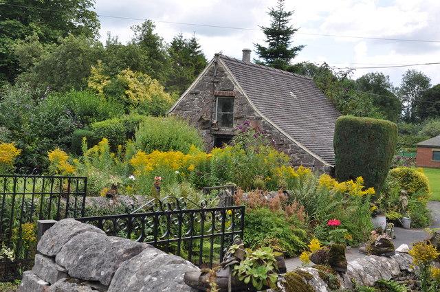 Cottage garden - Tissington - geograph.org.uk - 1459300