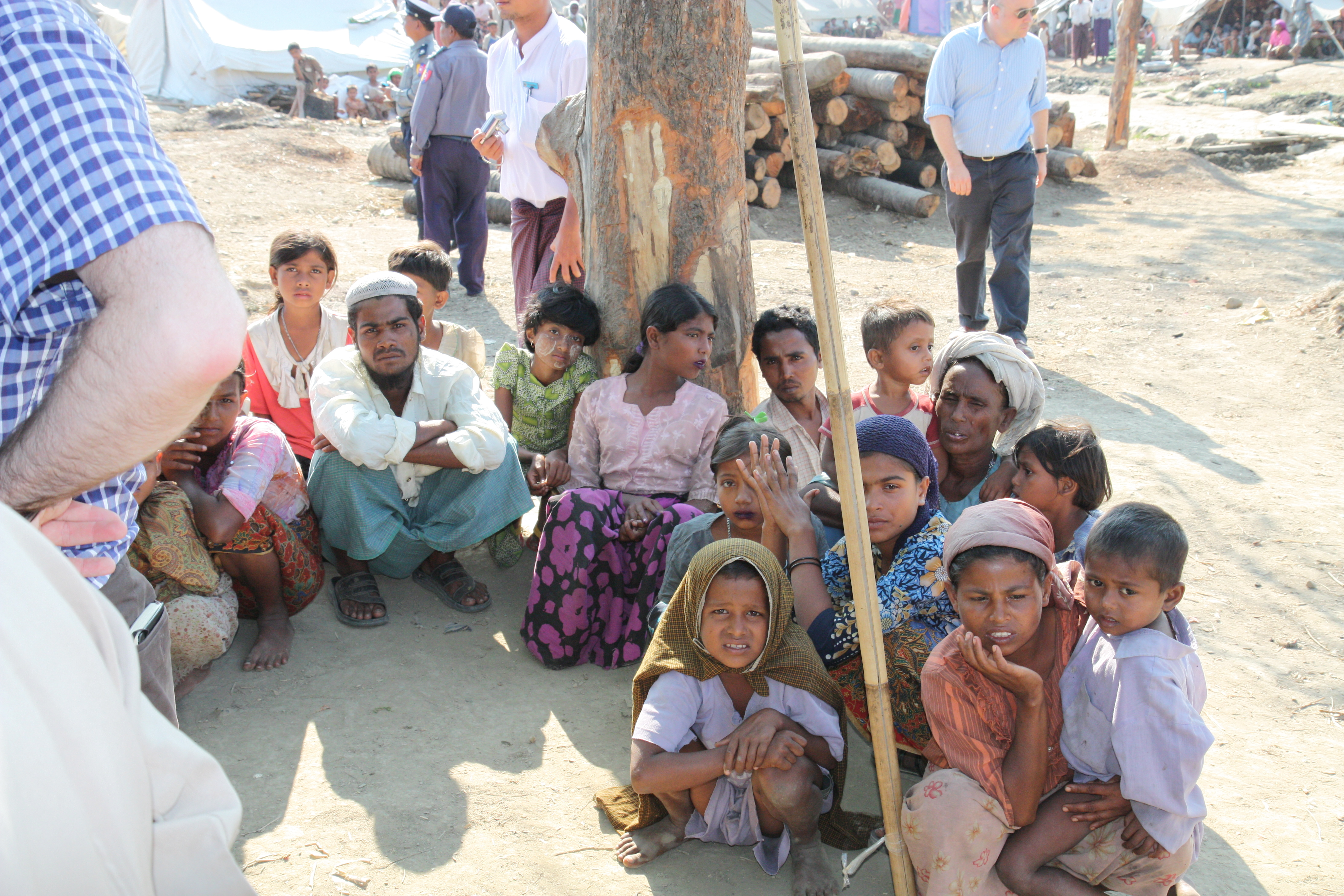 Rohingya-Flüchtlinge in der myanmarischen Provinz Rakhine. (Foreign and Commonwealth Office via Wikimedia Commons unter OGL-Lizenz)
