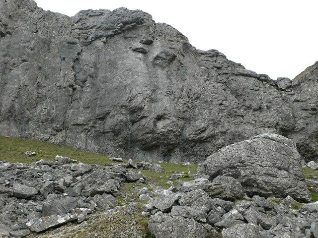 Eglwyseg Rocks - geograph.org.uk - 756596