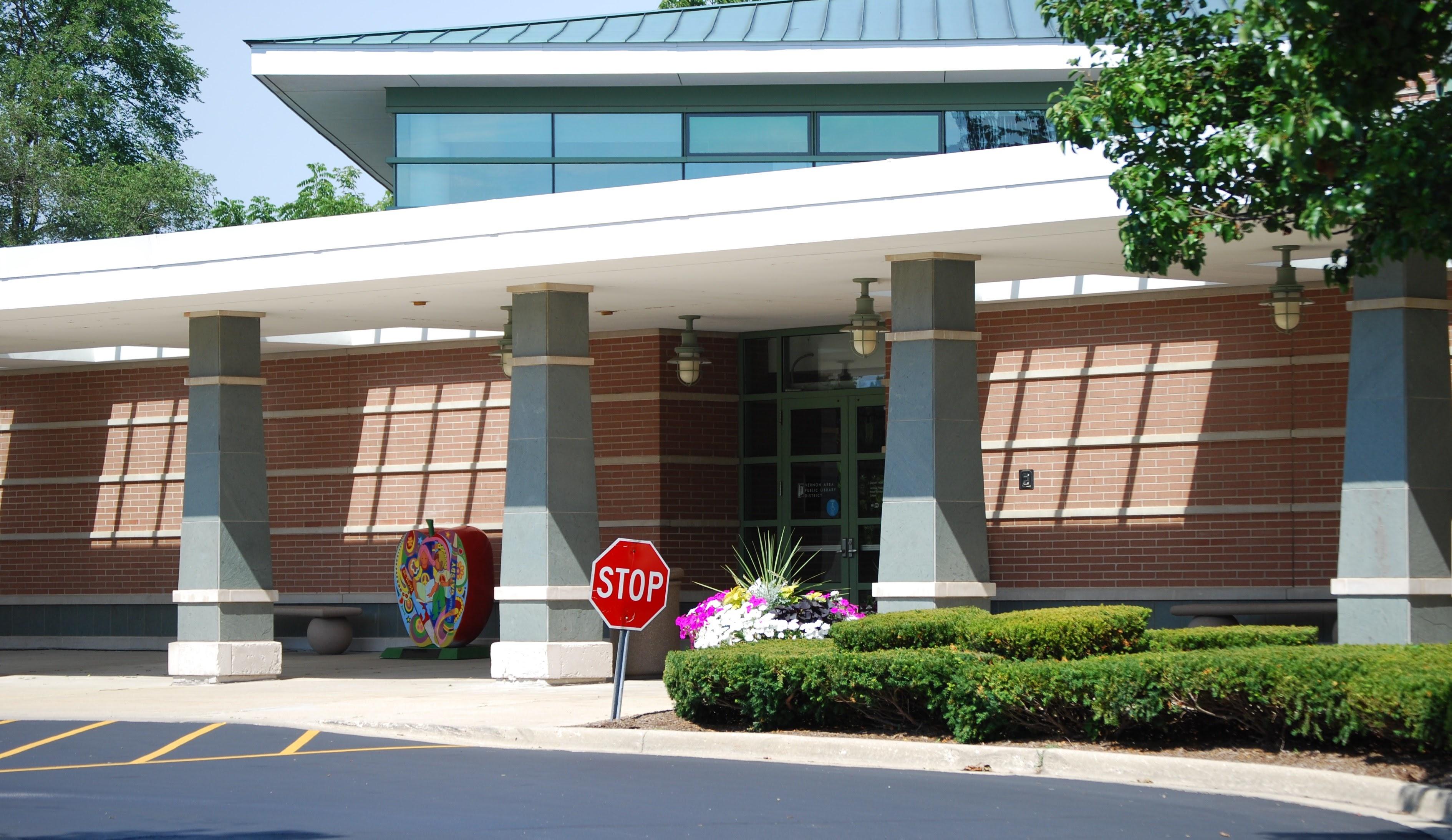 Exterior_Vernon_Area_Public_Library_District.jpg (3780×2188)