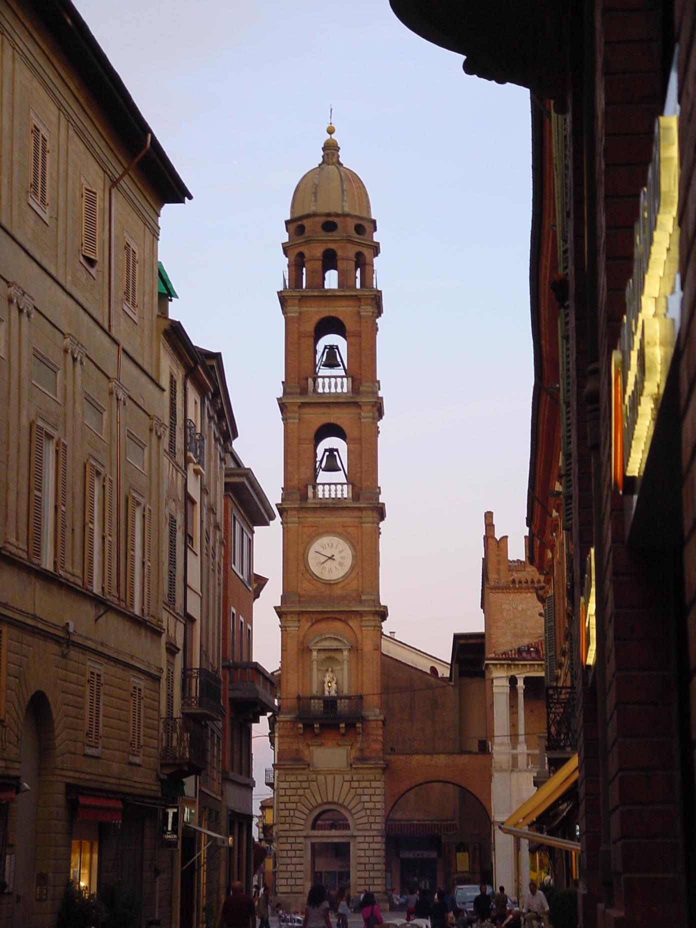 Faenza Italy  city photos gallery : Faenza belltower Wikimedia Commons