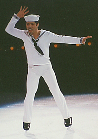 "Rudy Galindo bei ""Champions On Ice"" in Buffalo, New York (2002)"