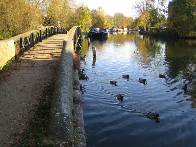 Grand Union Canal in Rickmansworth - geograph.org.uk - 603417