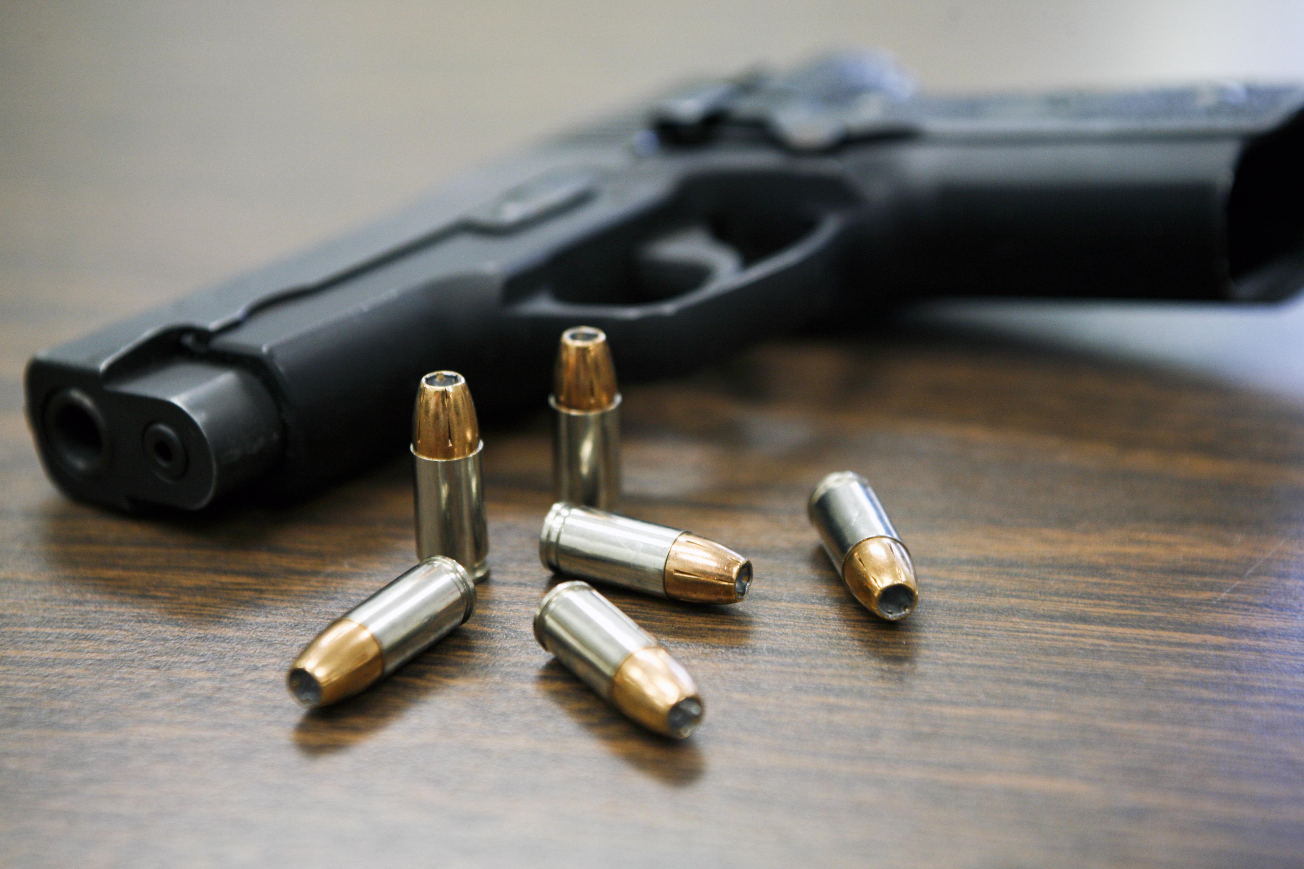 File:Gun violence.jpg - Wikimedia Commons