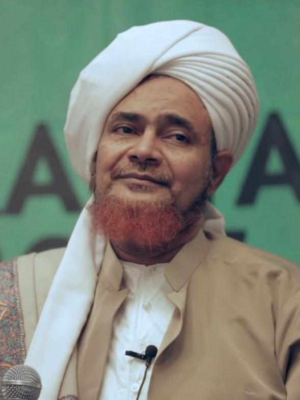 Umar bin Hafiz - Wikipedia