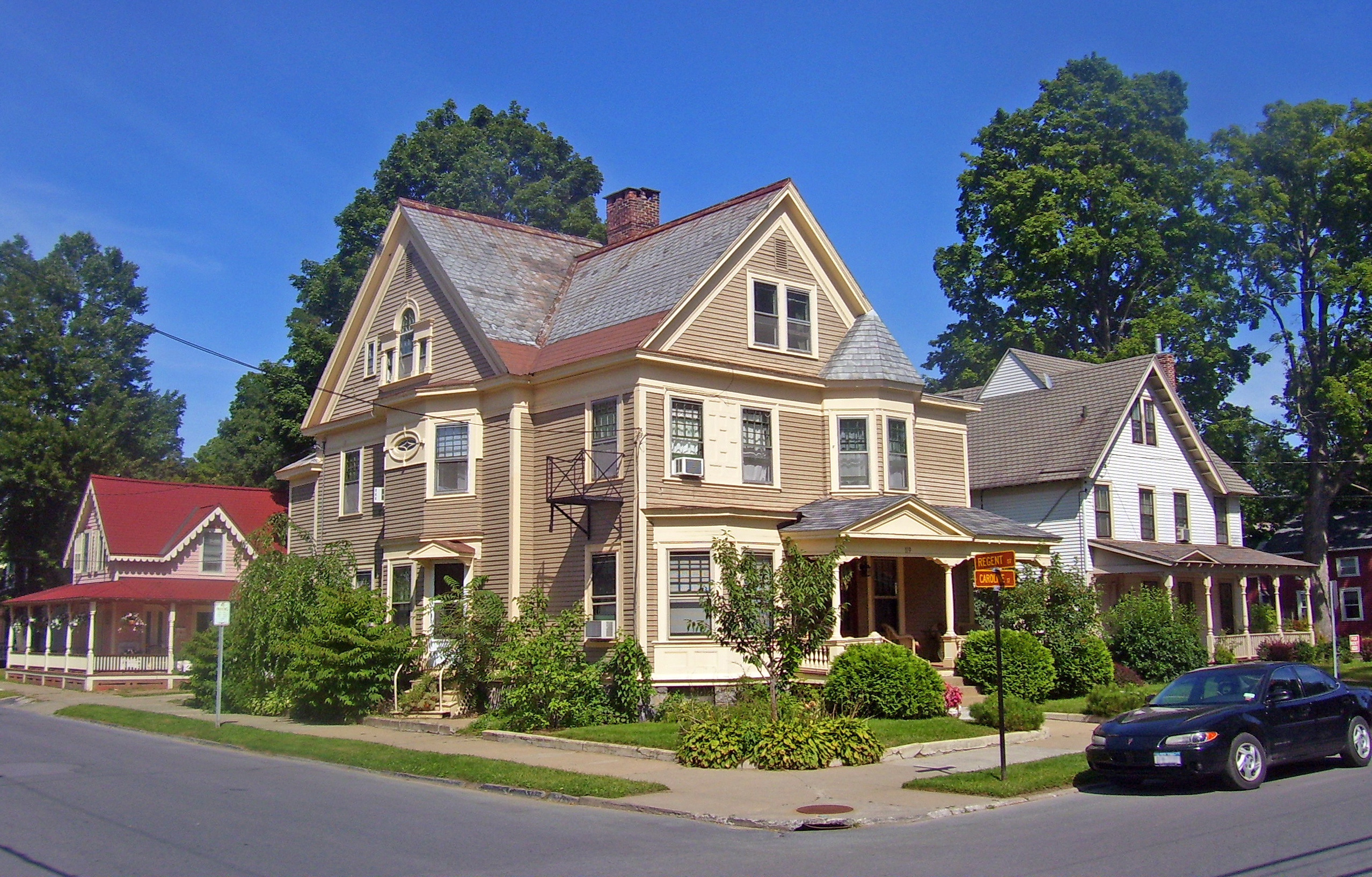 File Houses At Regent And Caroline Streets Saratoga