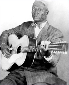 Huddie Ledbetter (Leadbelly) taken by Alan Lomax.jpg