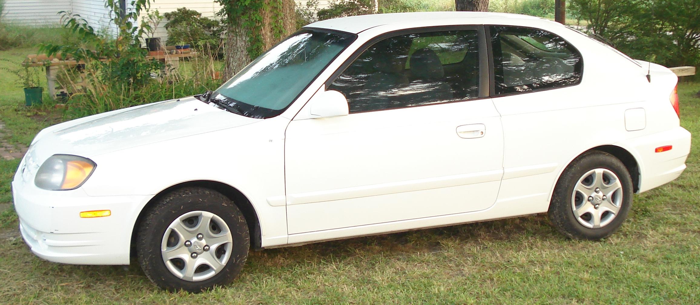 File:Hyundai Accent 2005.JPG