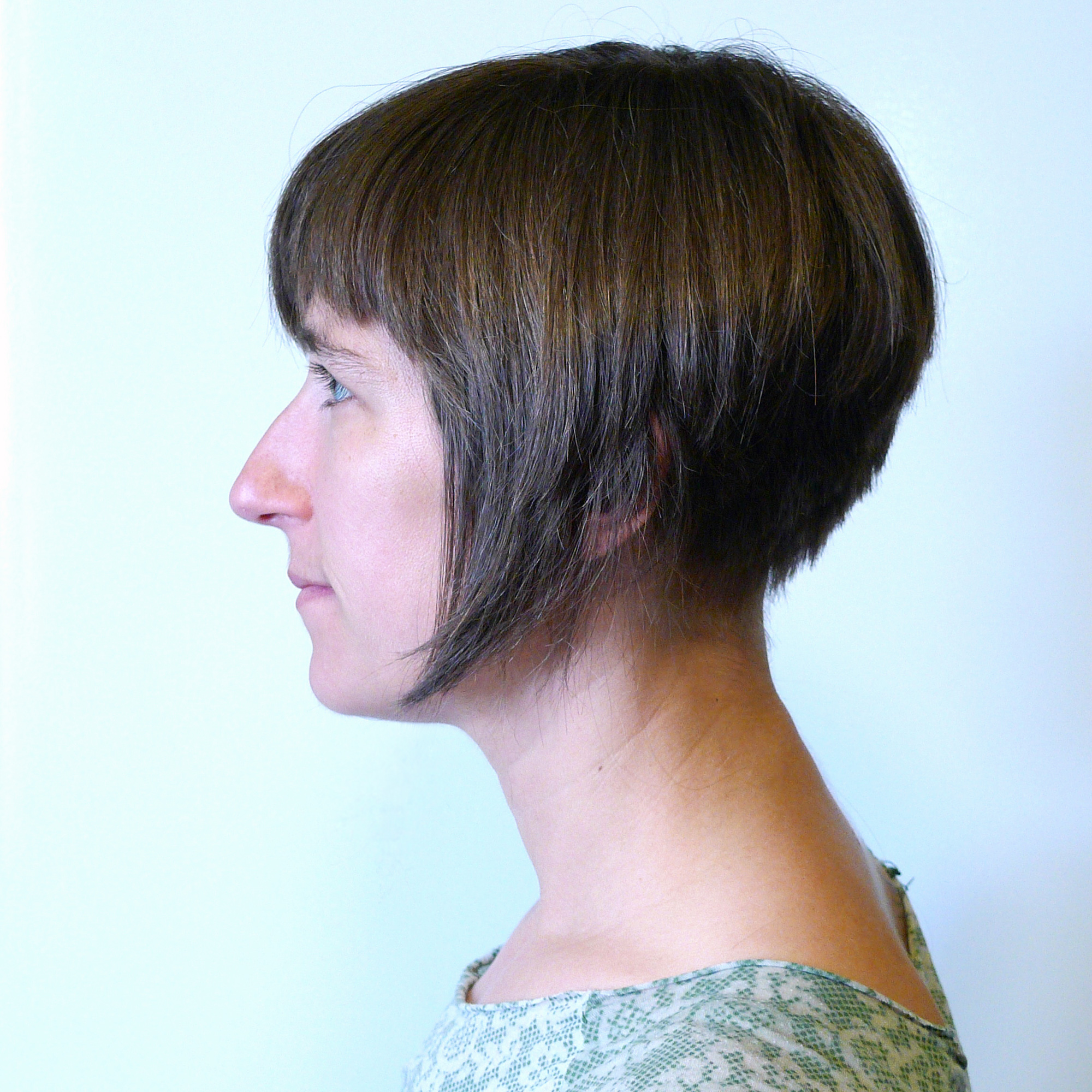 File:Inverted bob haircut.jpg - Wikimedia Commons