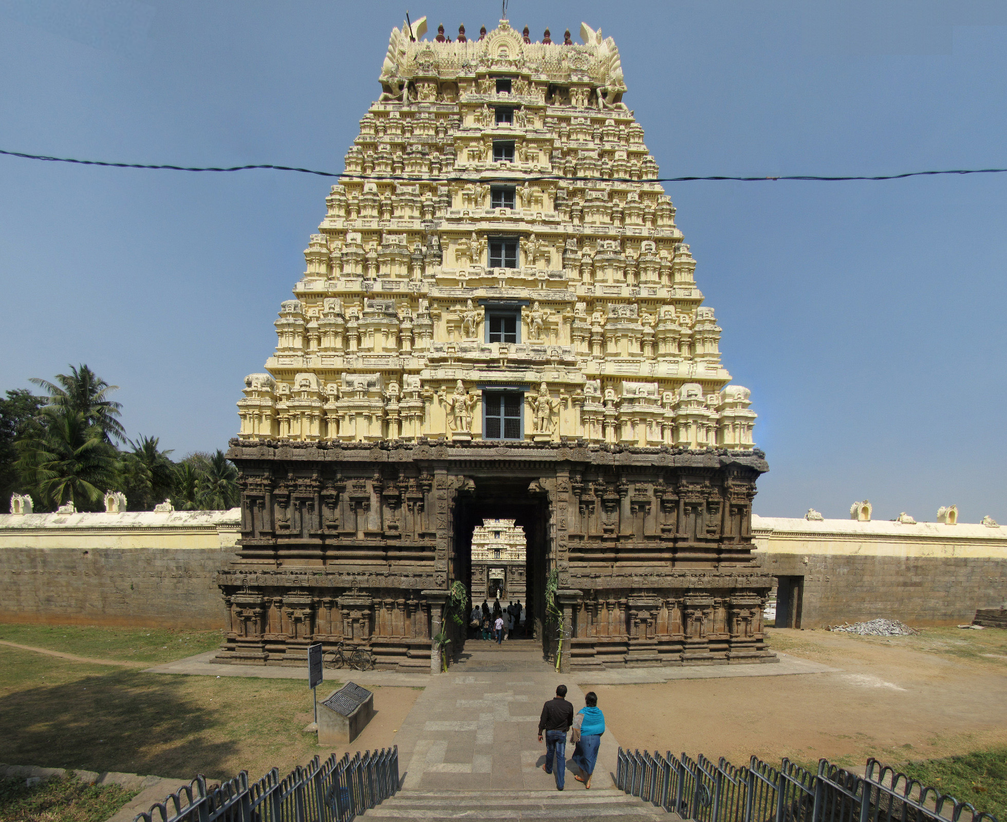 Image result for vellore jalakandeswarar temple images