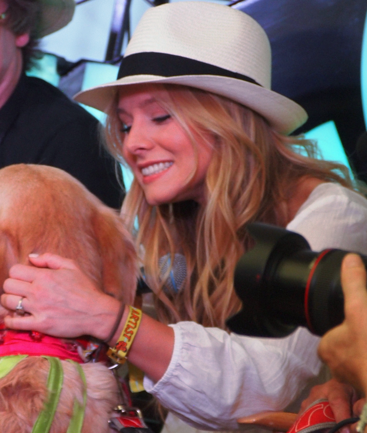 Kristen Bell Dog Breed Milo