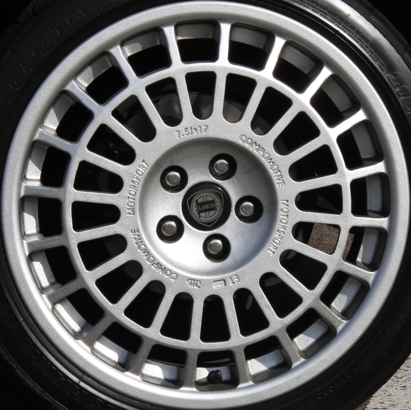 The 10 Most Iconic Wheels In Automotive History Alfa Romeo Magnesium Http Uploadwikimediaorg Wikipedia Commons 0 07 Lancia Integrale Wheel Flickr Exfordy