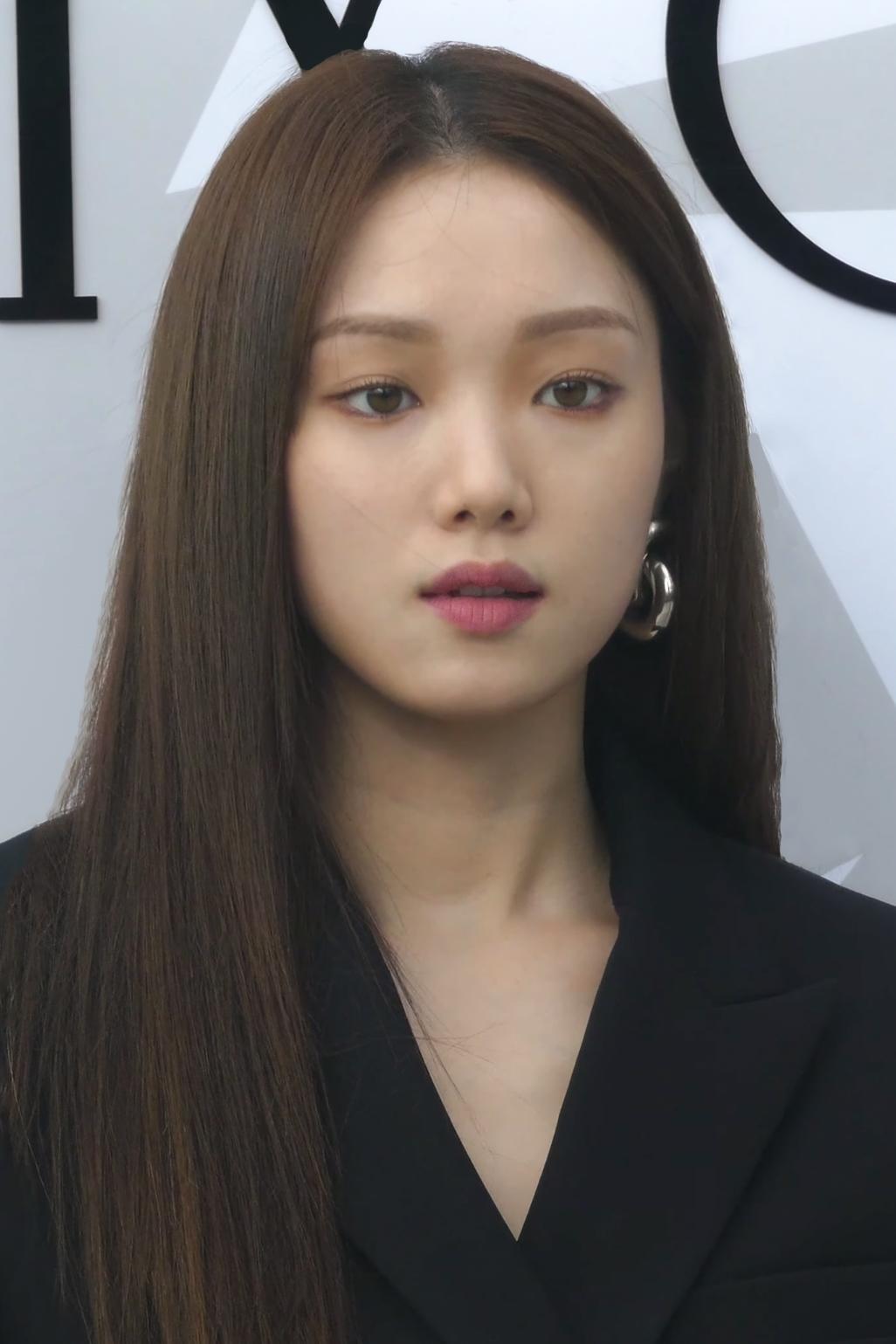 Lee Sung Kyung Boyfriend 2019