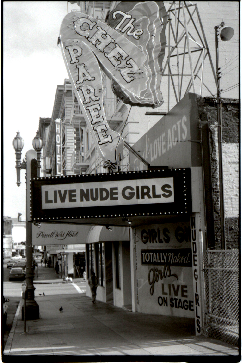 Live nude be