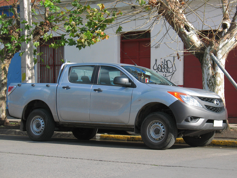File:Mazda BT-50 DX 2.2 TDCi 2014 (14963194342).jpg ...