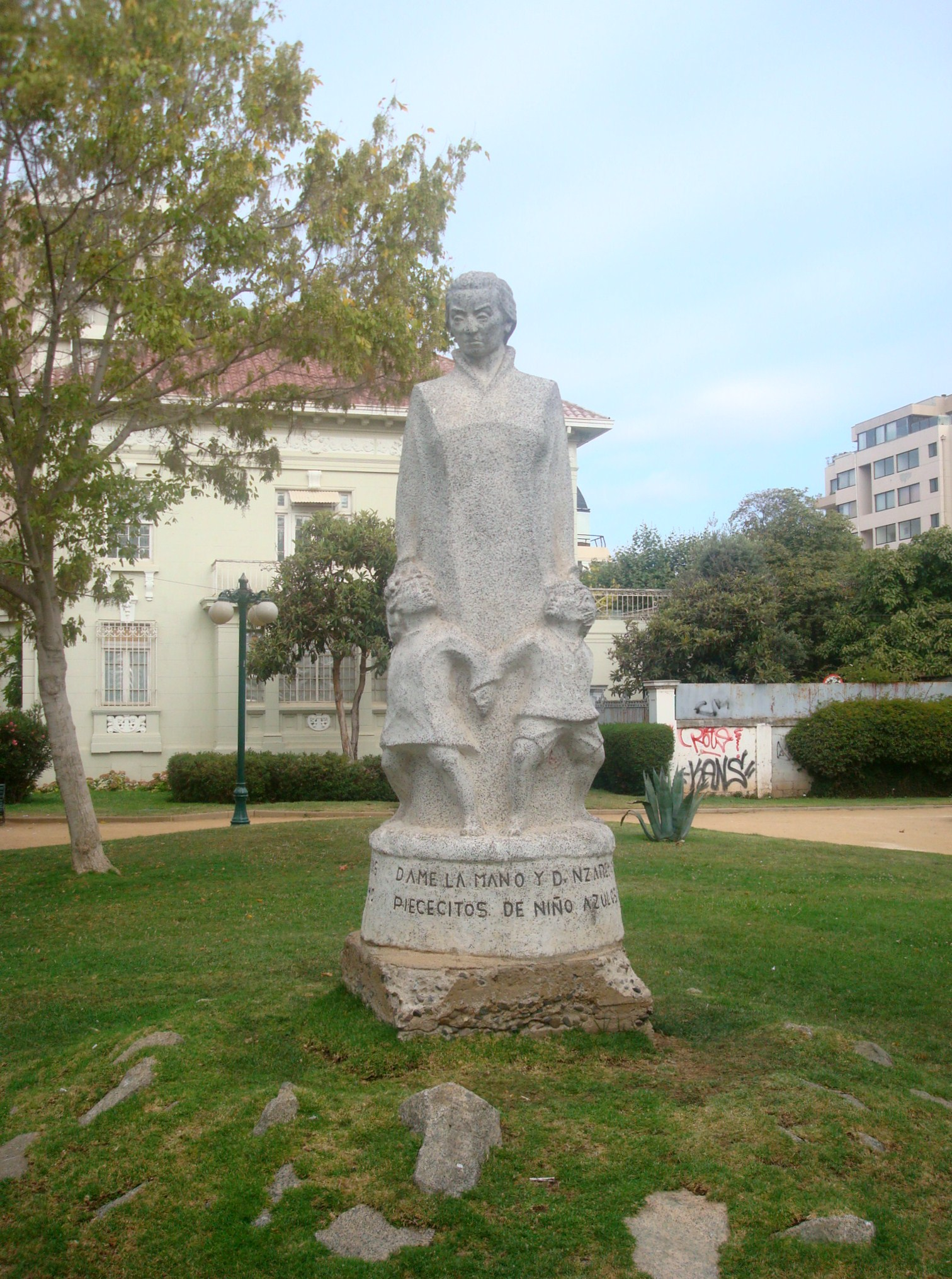 Monumento a Gabriela Mistral, en Viña del Mar (Chile).