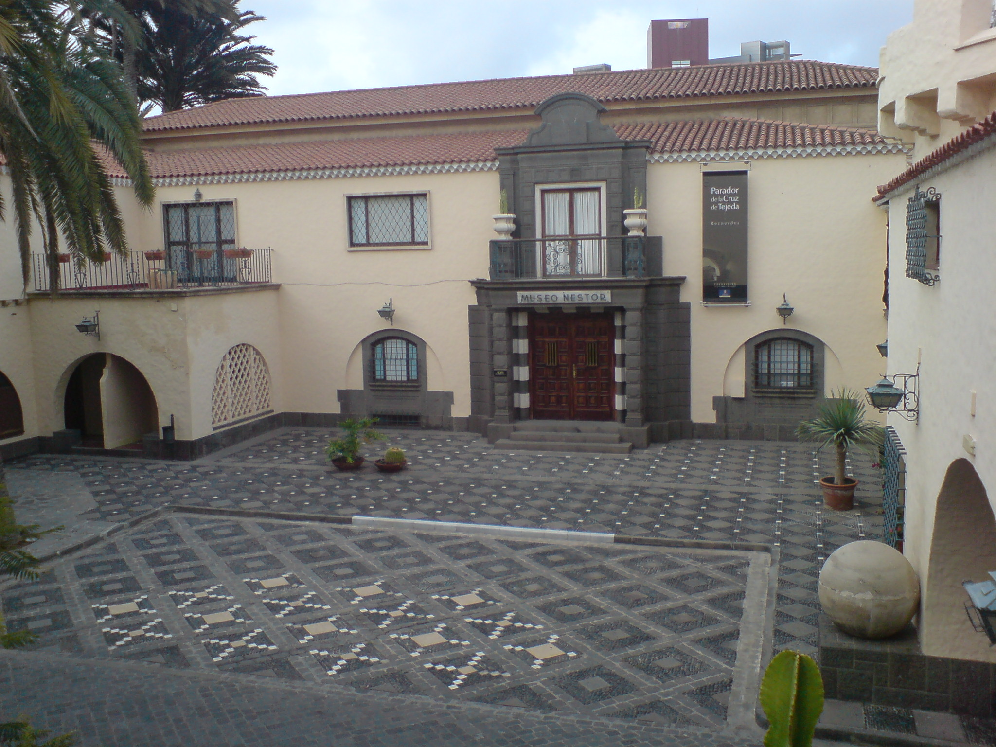 las palmas de gran canaria latin dating site Las palmas de gran canaria (377,000 inhabitants) was founded in 1476 by the castilian conquerors and conserves part of its historical old town,dating back to the fifteenth century (the districts of vegueta and triana.
