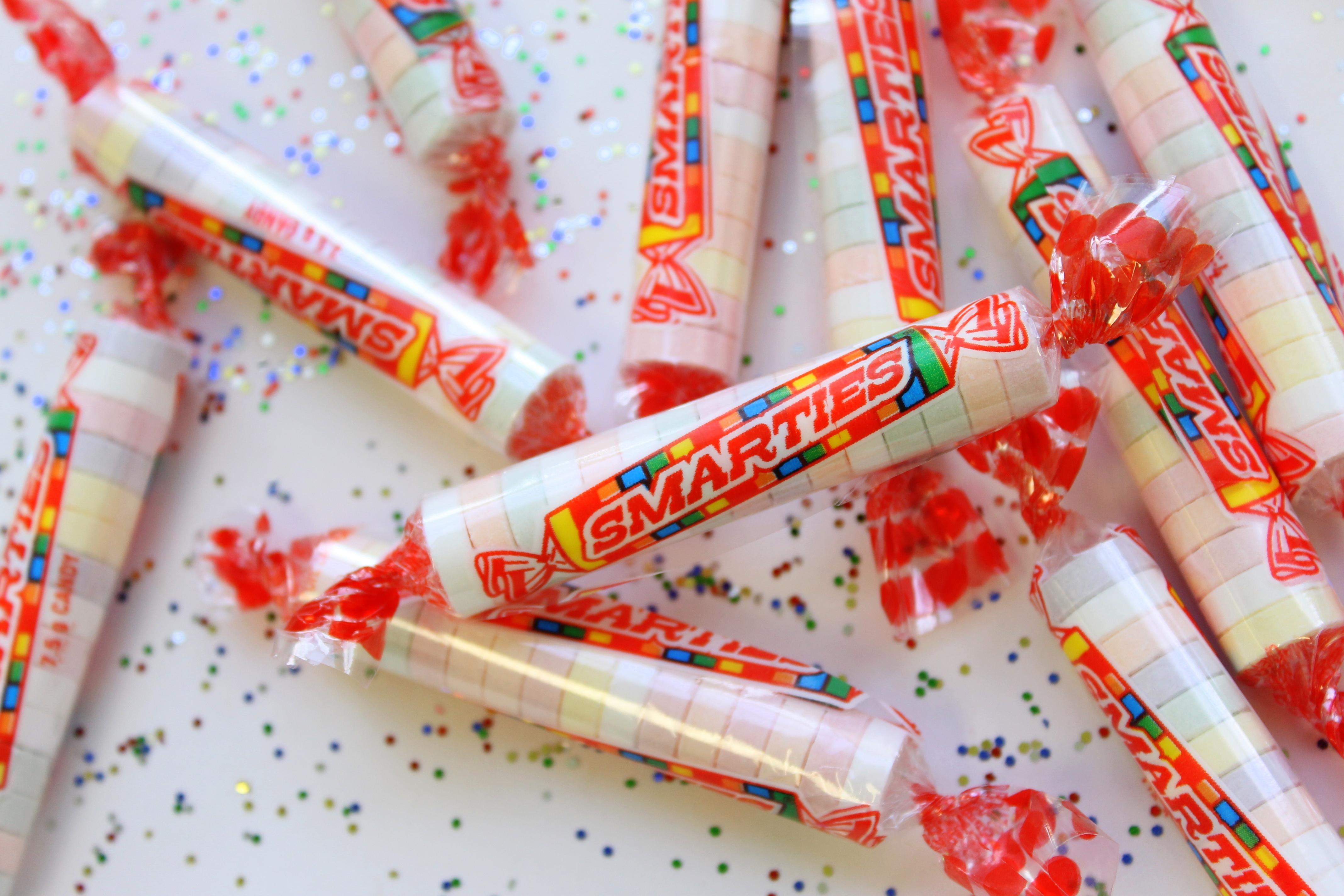FileOriginal Smarties Candy RollsJPG