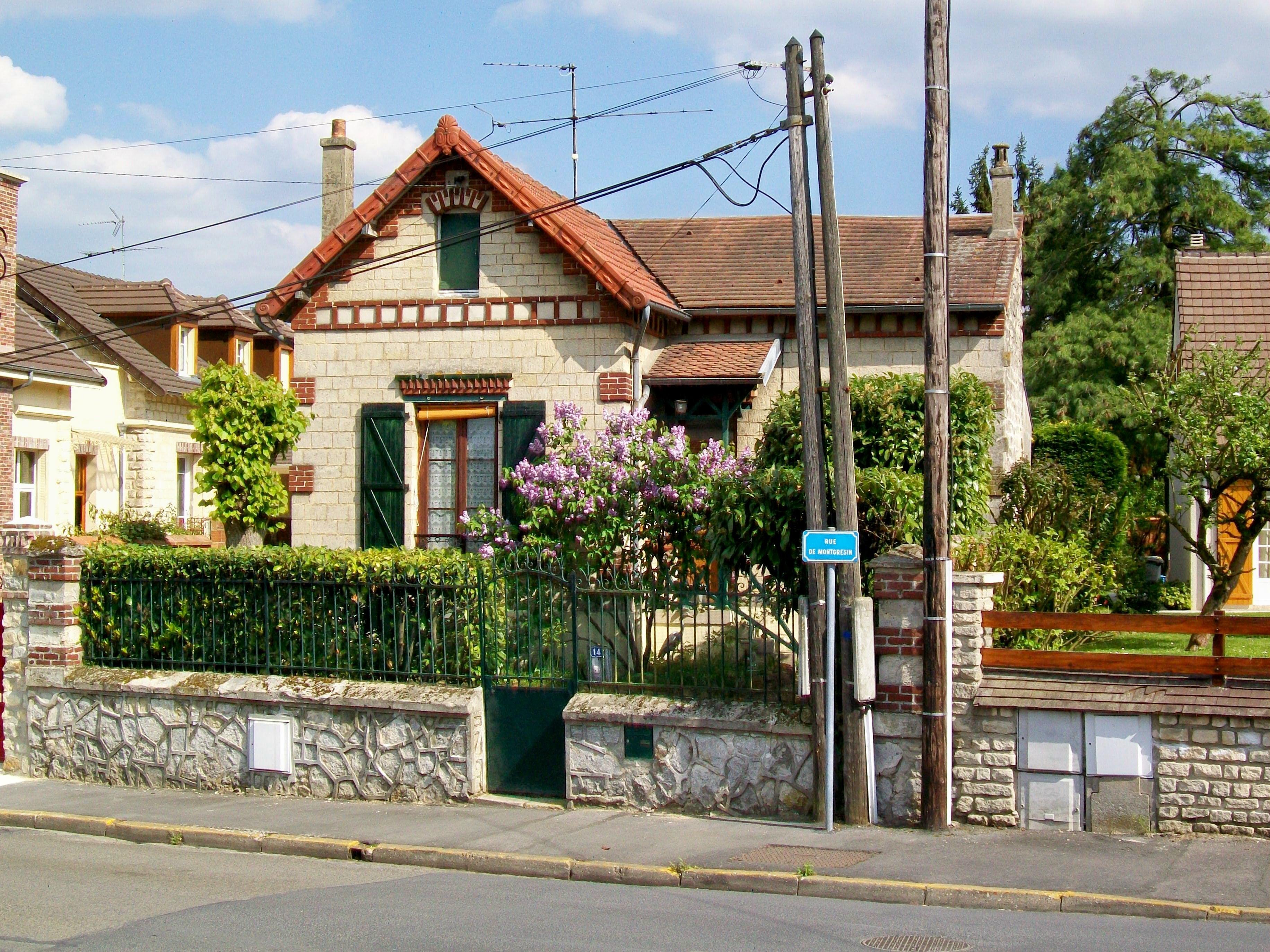 File:Orry-la-Ville (60), pavillon rue de Montgrésin.jpg ...