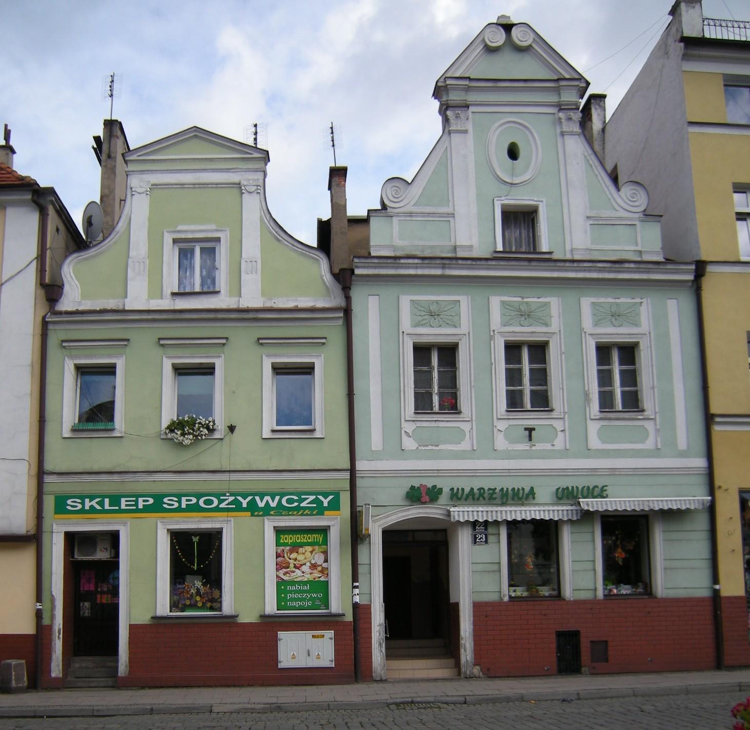 File:Paczków Rynek 23 i 24.jpg - Wikimedia Commons