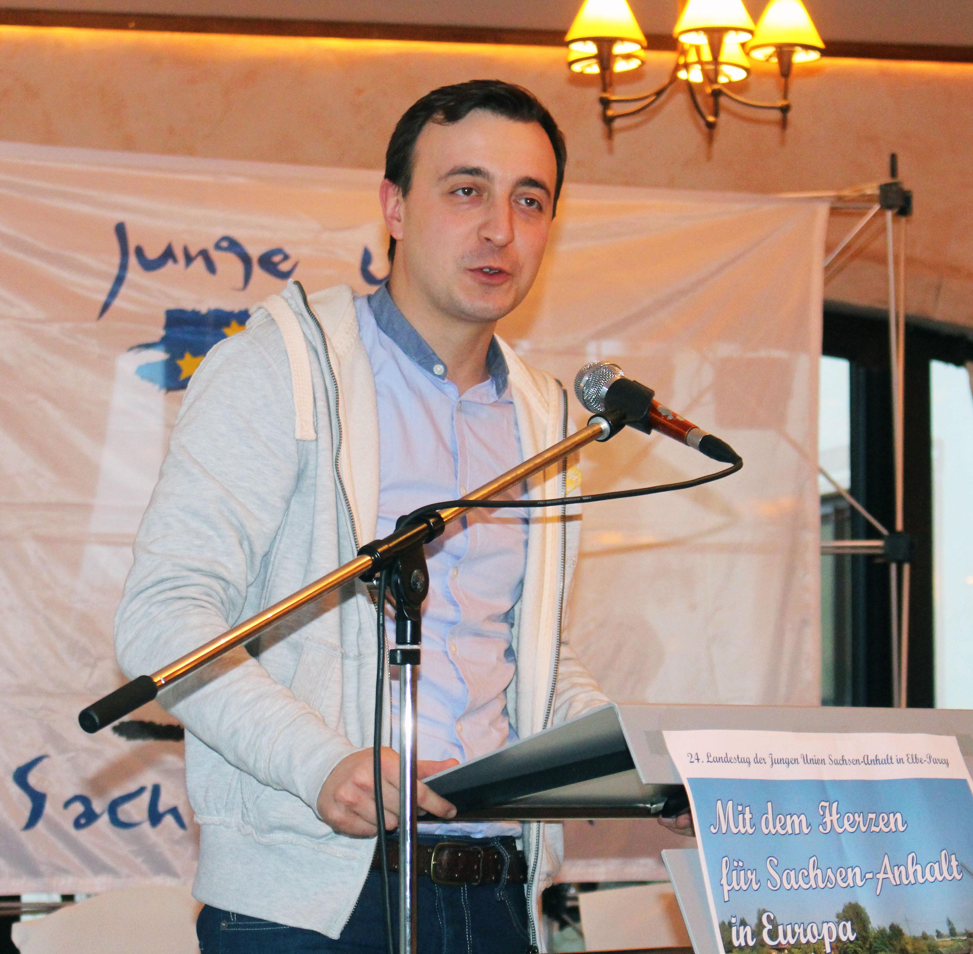 File Paul Ziemiak 2014 beim Landestag der Jungen Union Sachsen