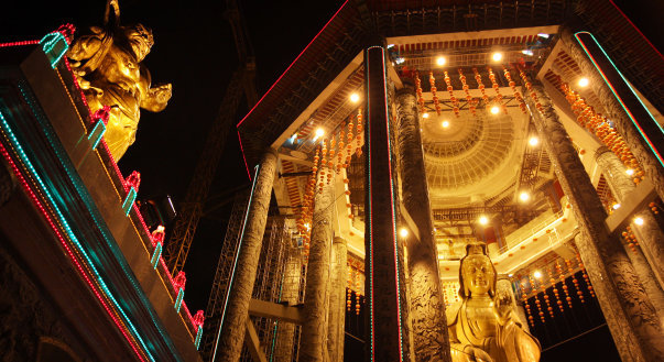 Penang Kek Lok Si Temple Octagonal Pavilion.jpg