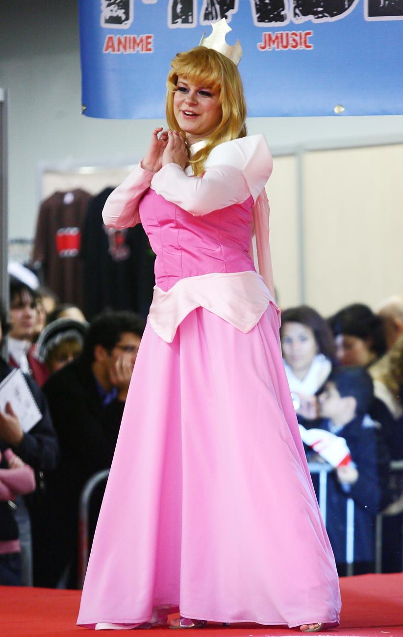 File Princess Aurora Paris Manga 9 Cosplay Jpg Wikimedia Commons