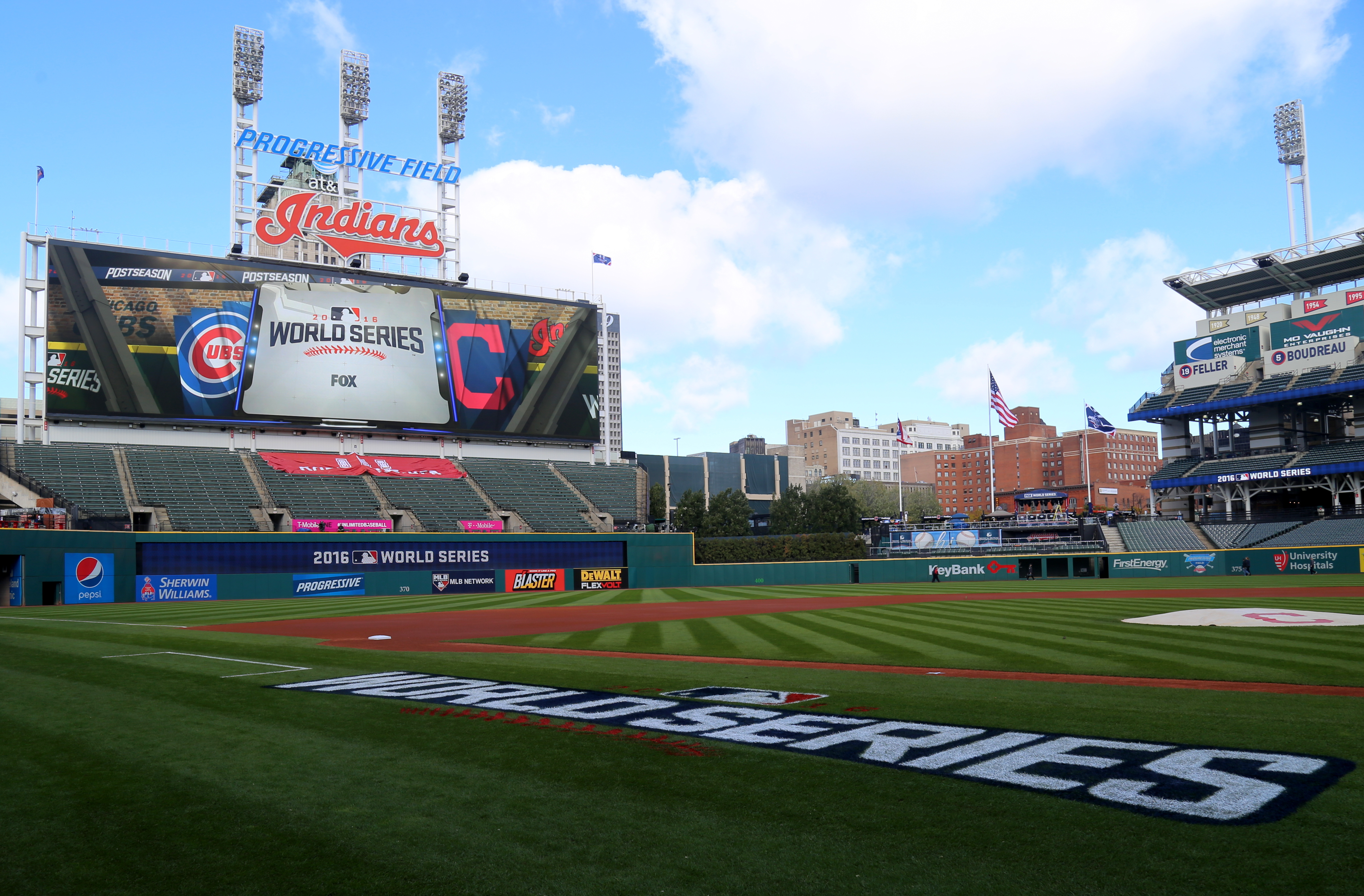 File:Progressive Field, hours before Game 1 of the 2016 World Series.jpg - Wikipedia