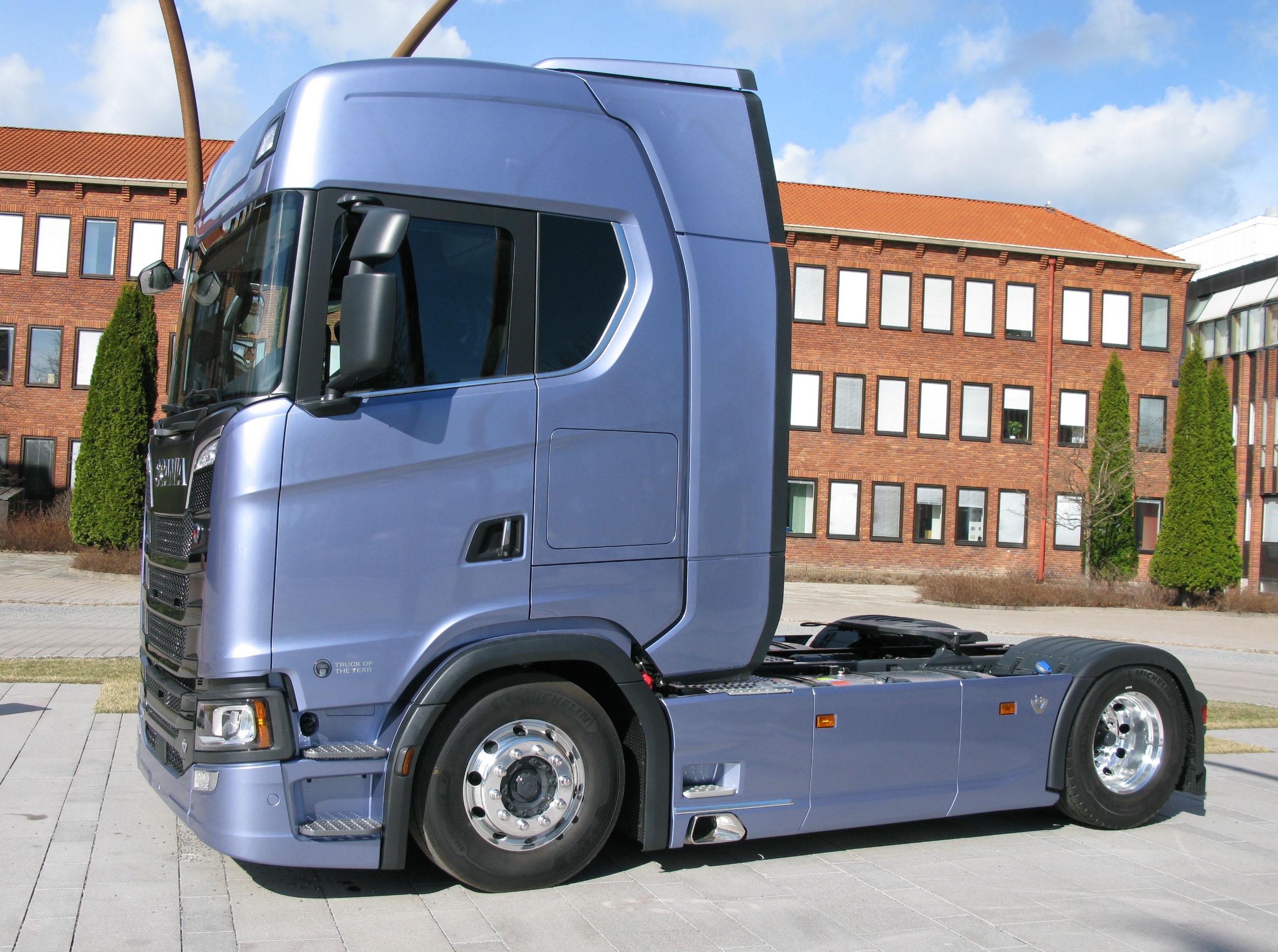 File:Scania S730 3 jpg - Wikimedia Commons
