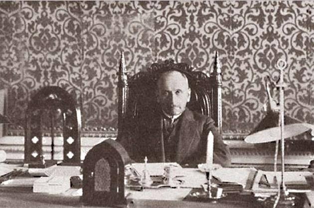 Серге́й Дми́триевич Сазо́нов (29 июля [10 августа] 1860 года, Рязанская губерния — 24 декабря 1927 года, Ницца)