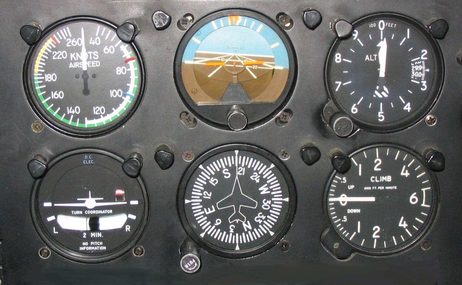 Six_flight_instruments.JPG