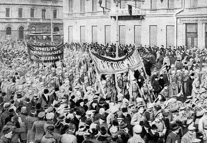 the russian revolution 1917 two separate Find out more about the history of russian revolution, including videos, interesting articles, pictures in 1917, two revolutions swept through russia.