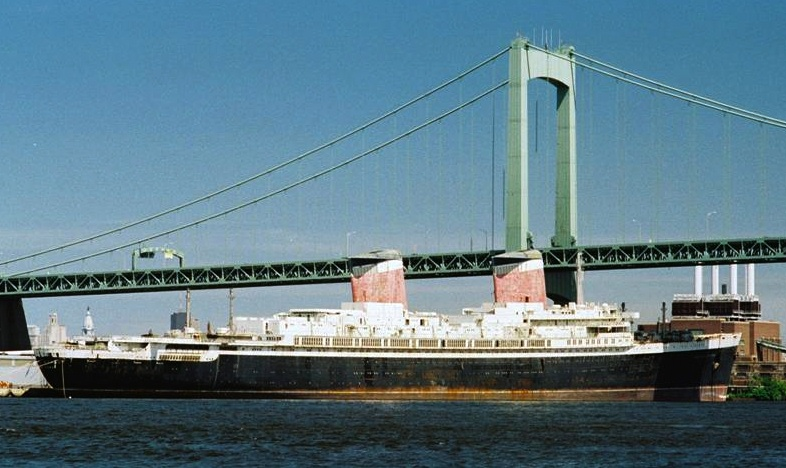 Olean (NY) United States  City new picture : SOS Historic Liner SS United States Days from Scrap Heap | Working ...