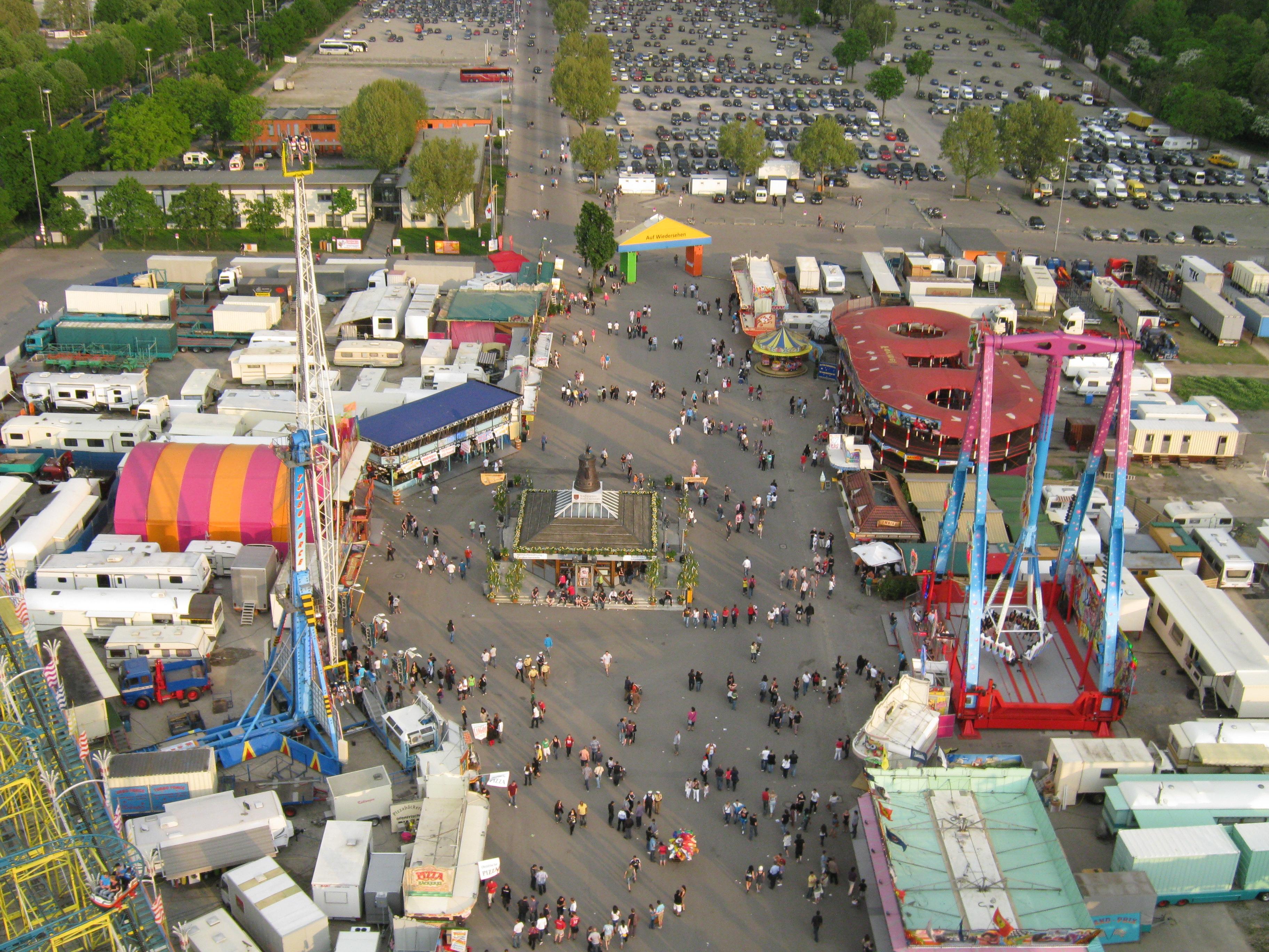file stuttgarter fruehlingsfest 2011 2 jpg wikimedia commons  fruehlingsfest stuttgart.php #4