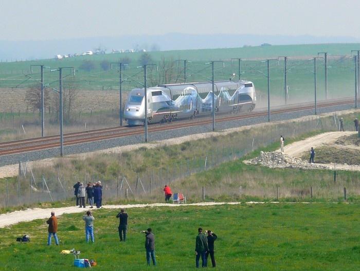 TGV V150 - Marche du record à 574.8 km/h. Le Chemin.