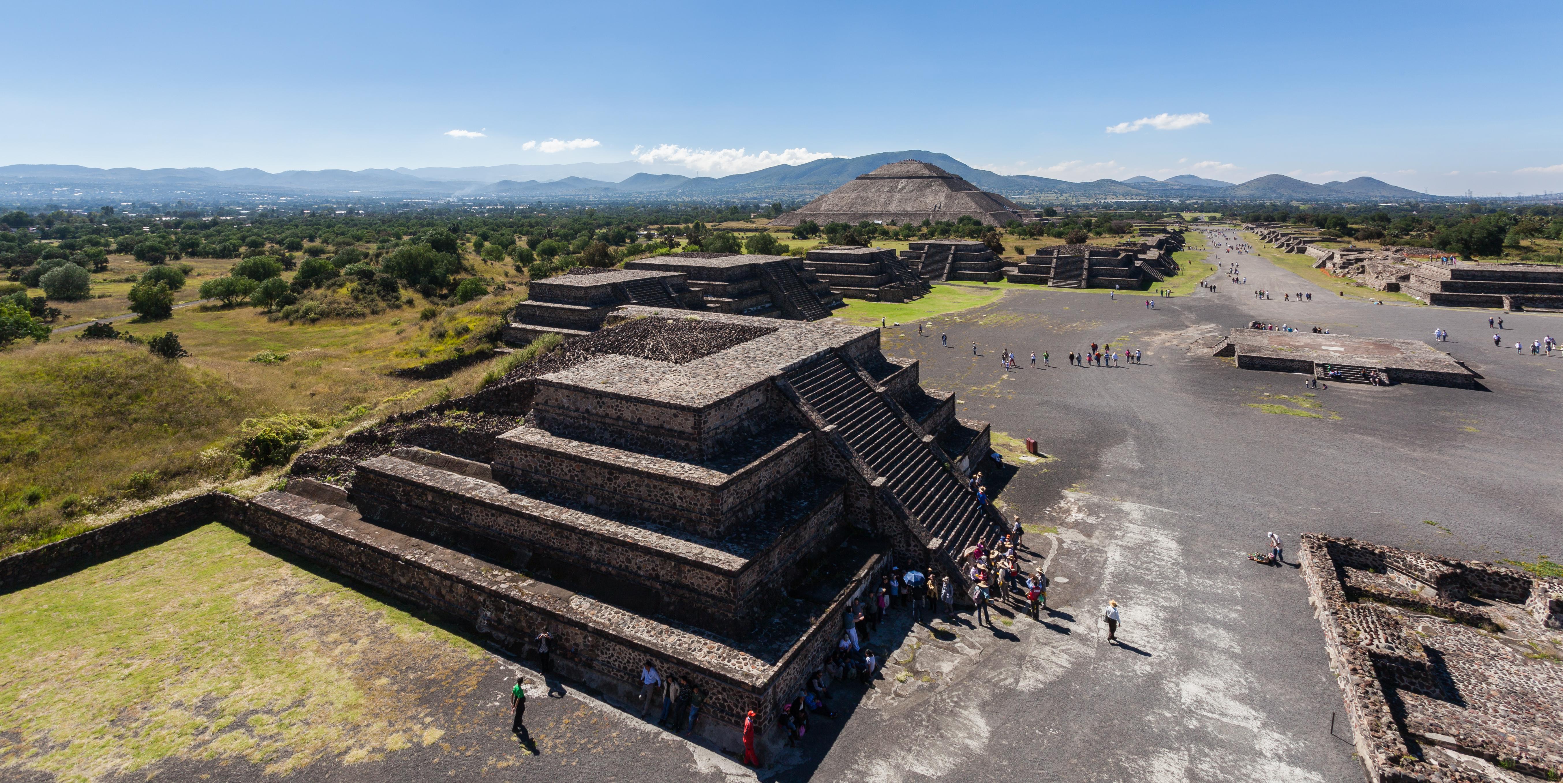 Teotihuac%C3%A1n%2C_M%C3%A9xico%2C_2013-10-13%2C_DD_48.JPG