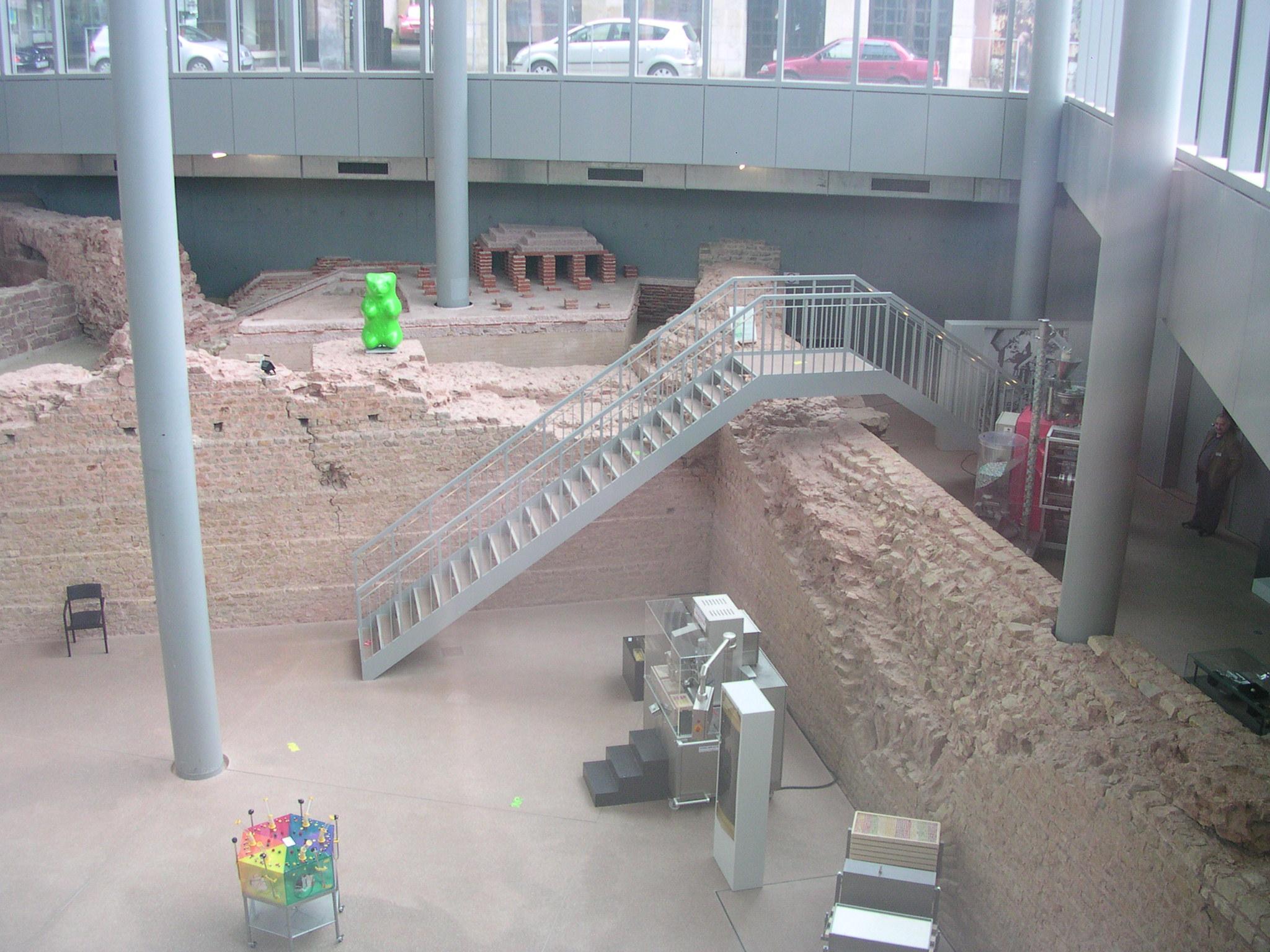 Fußboden Trier ~ Datei trier viehmarkttermen rechts g u wikipedia