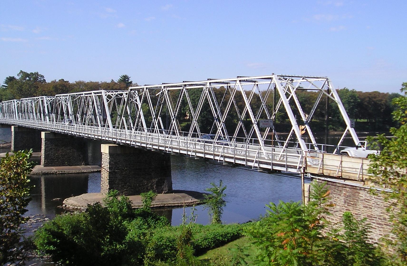 Washington_s Crossing Bridge between Upper Makefield Township_ Pennsylvania and  Hopewell Township_ New Jersey