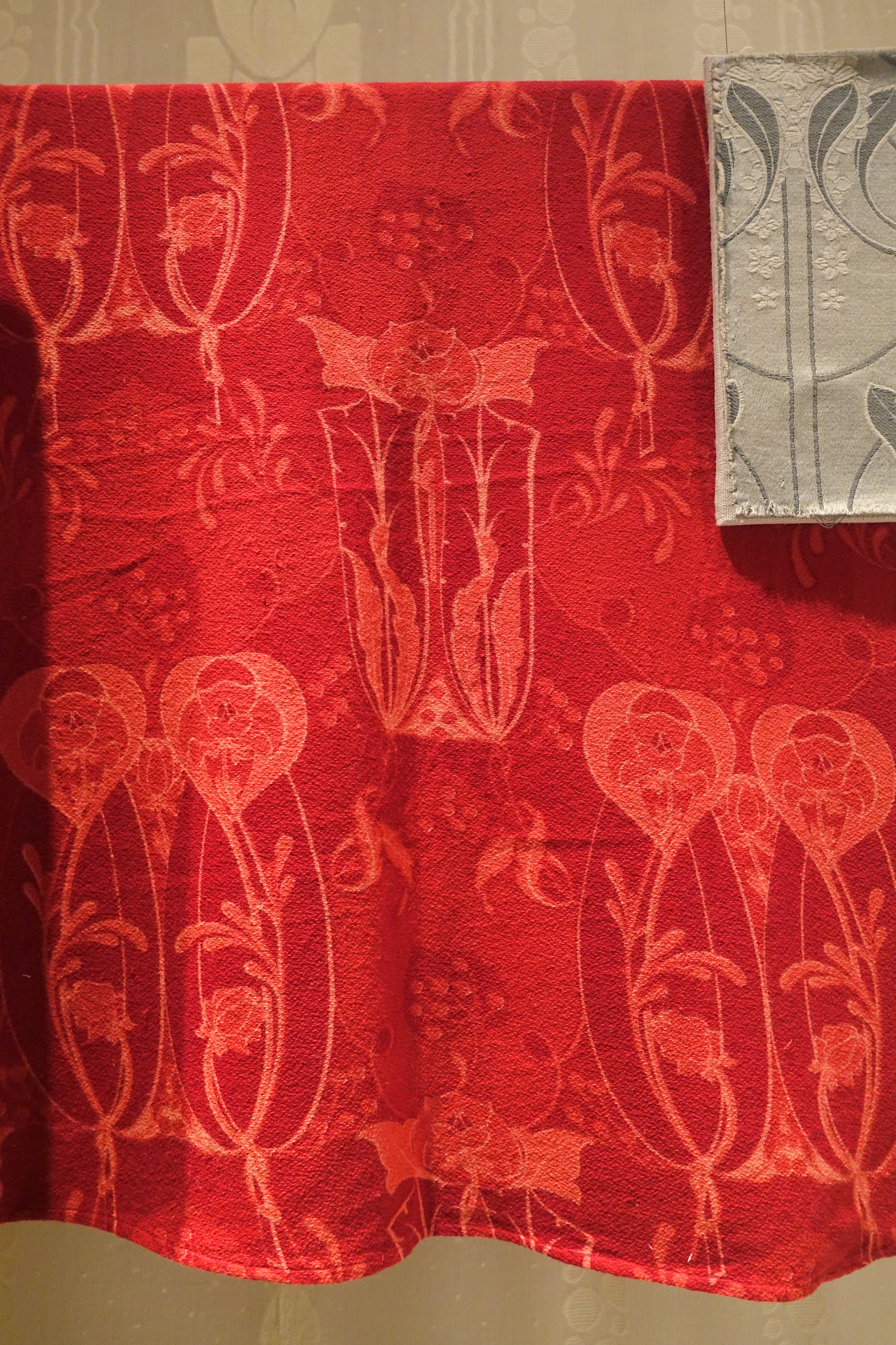 FileWinered Curtains That Once Hung In August Strindbergs - Red dining room curtains
