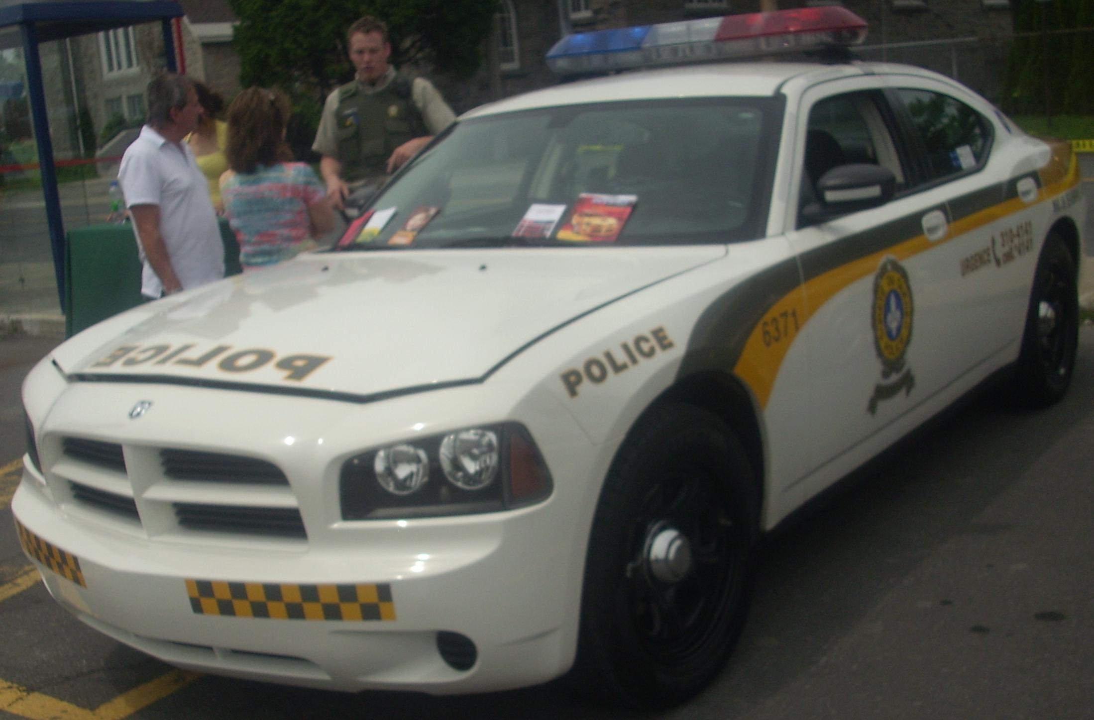 File 09 Dodge Charger Police Surete Du Quebec Rassemblement Mopar