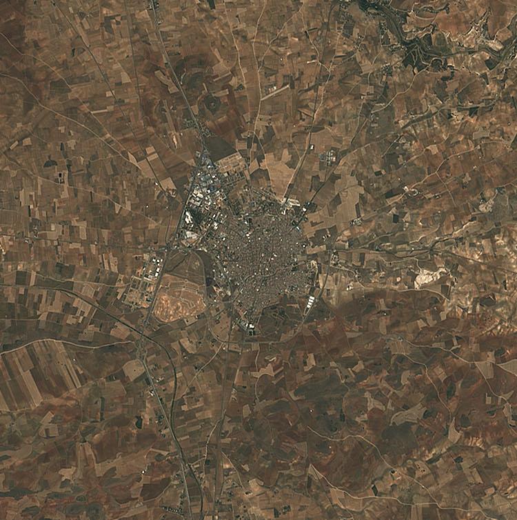 File:(Valdepeñas) Ciudad Real Central Airport & Province