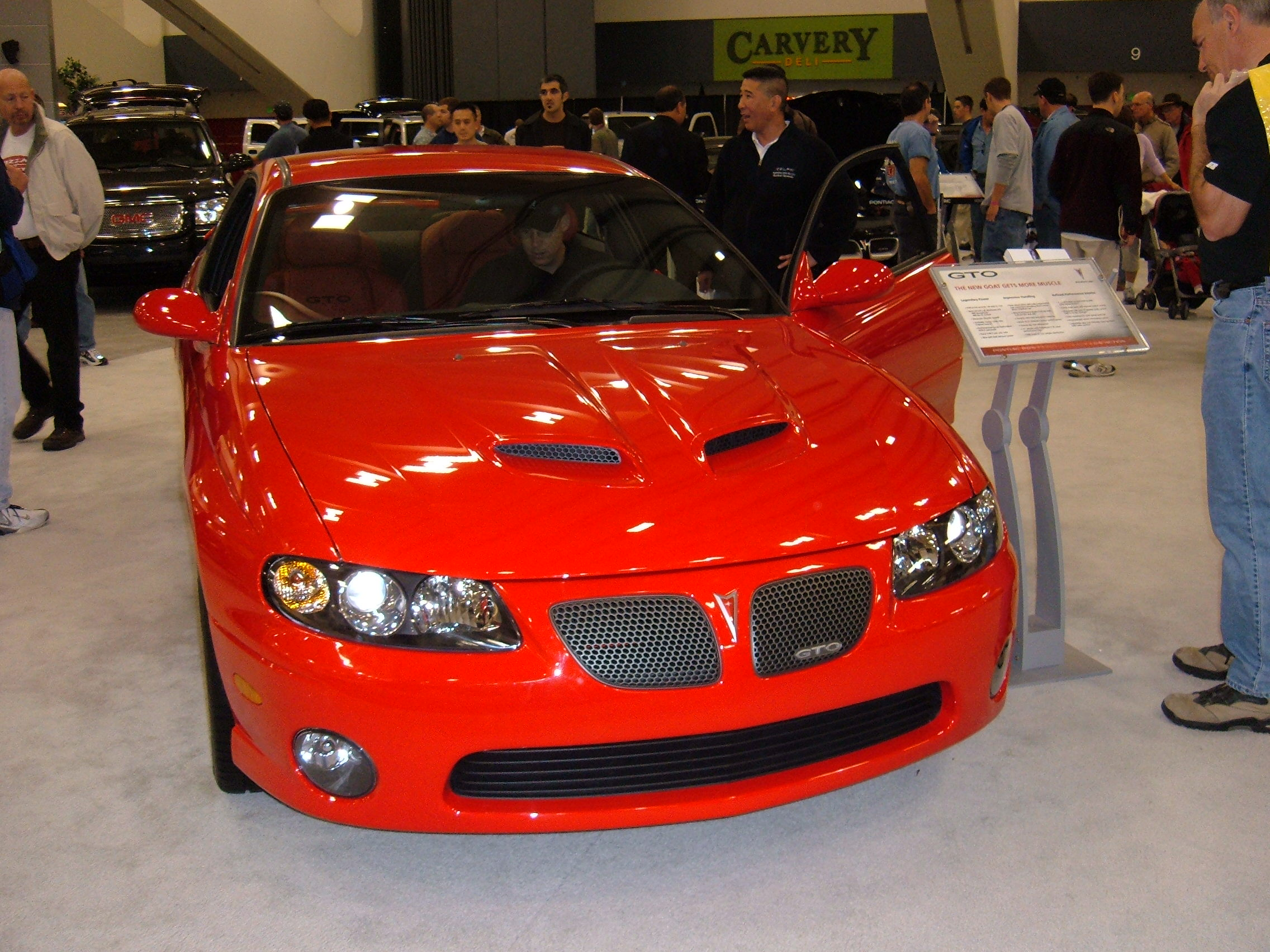 File:2005 red Pontiac GTO front.JPG - Wikimedia Commons
