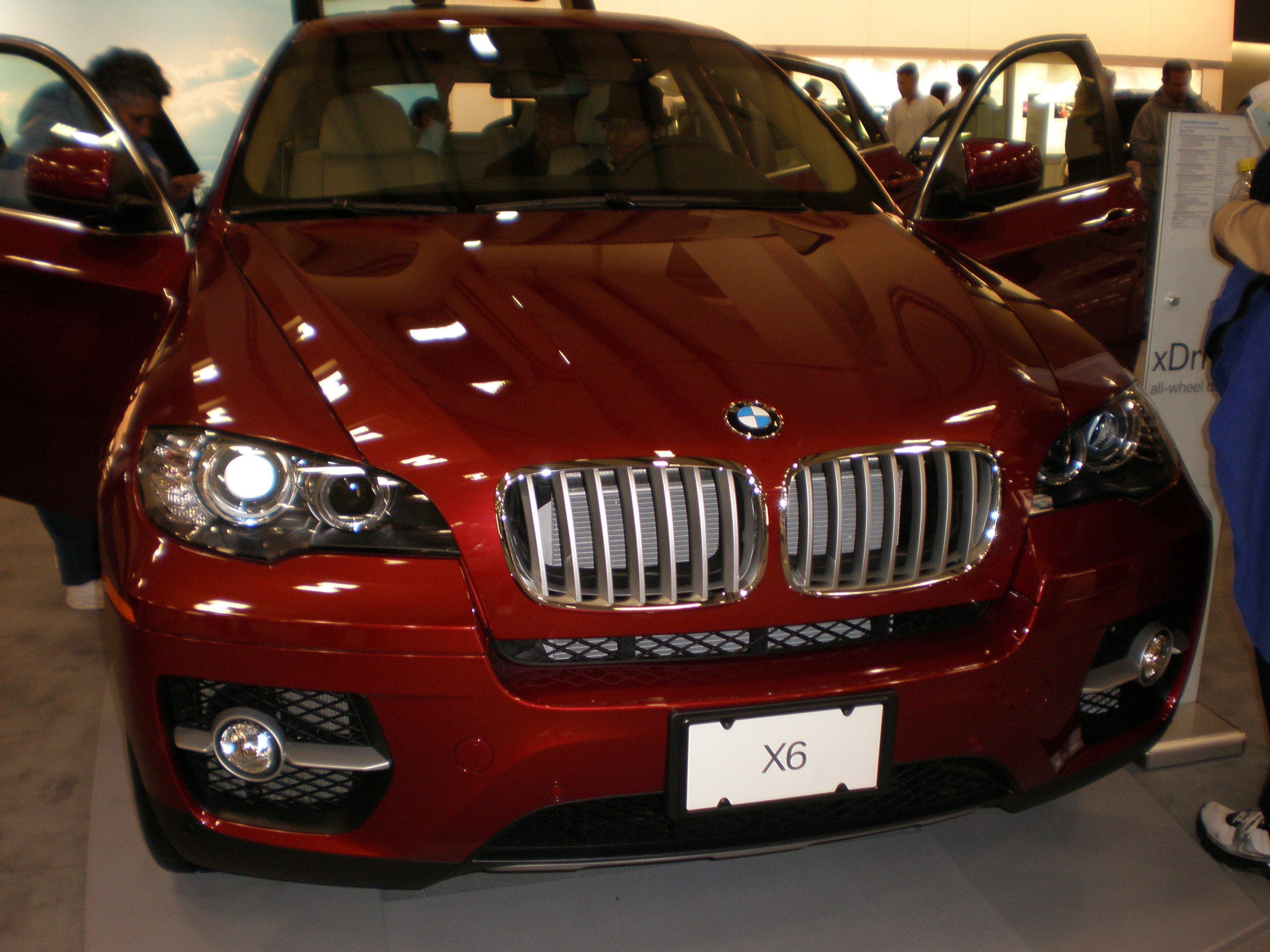 File 2008 Red Bmw X6 Xdrive50i Front Jpg Wikimedia Commons