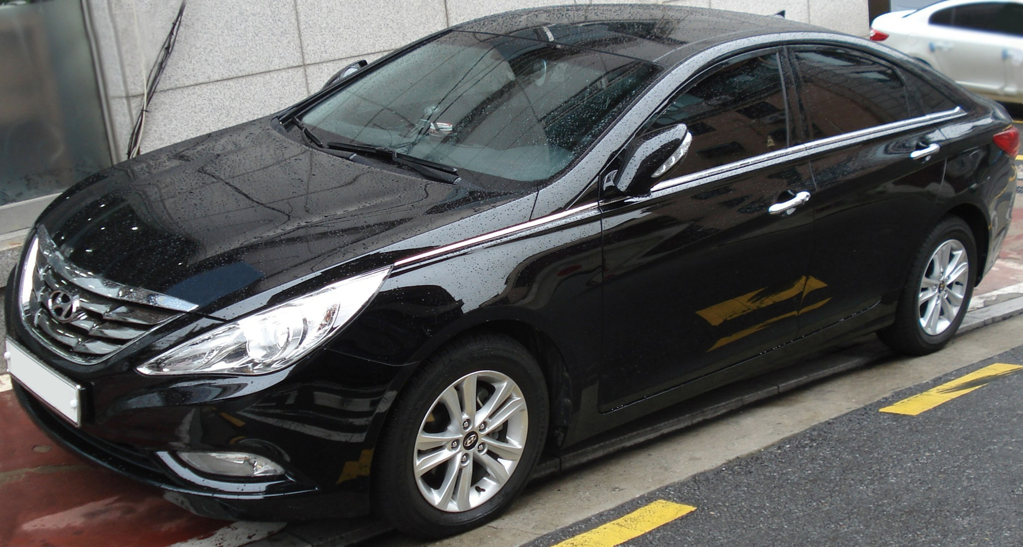 used sonata detail gls sedan hyundai at alm automatic black
